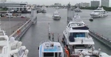 Loading Yachts for Transport
