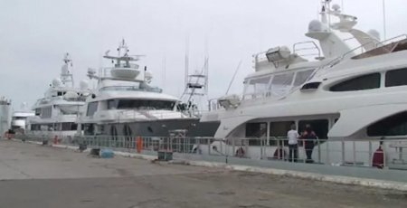 Yachts Loaded for Transport